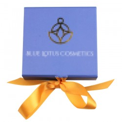 Custom Blue Square Magnetic eyelash packaging with golden ribbon CMB135